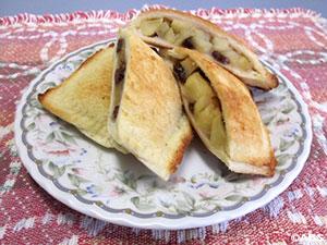 [#29]うるもち食パンのリンゴ焼き、うるもち食パン耳のリンゴバッタラ焼き