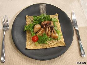 そば粉のガレット~鱈と帆立のサラダ