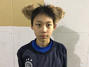 サッカー ブラウブリッツ秋田スクール生の伊勢叶侑くん