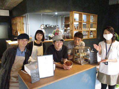 「tomosu cafe(トモスカフェ)」~男鹿市船川港~